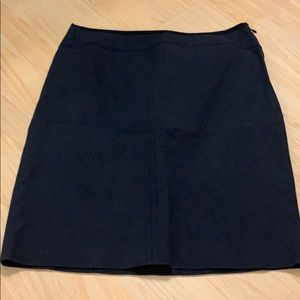 Cotton Ann Taylor navy skirt with great structure